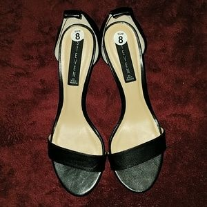 NEW W/O TAG. STEVEN MADDEN SHOES SIZE 8